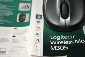 Logitech Wireless Mouse M305 samt Verpackung